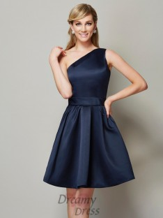 A-Linie/Princess-Linie One-Shoulder-Träger Satin Kurz/Mini Brautjungfernkleider